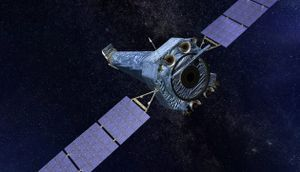 Chandra X-ray telescope experiences a glitch; Hubble troubleshooting continues